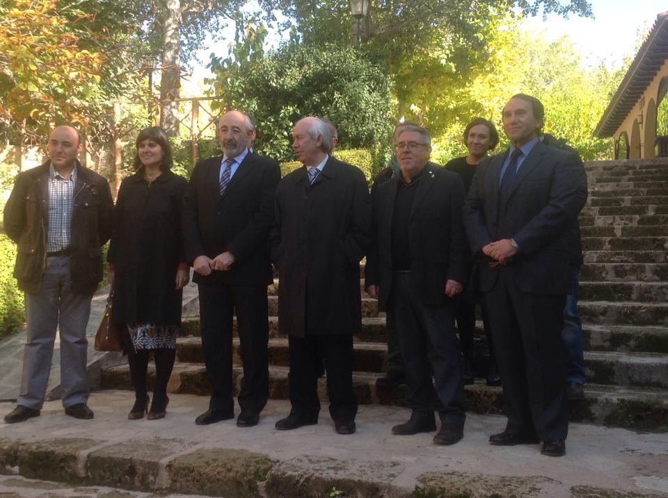 Firma del convenio de Turismo de Aragón con Enoturismo de Aragón