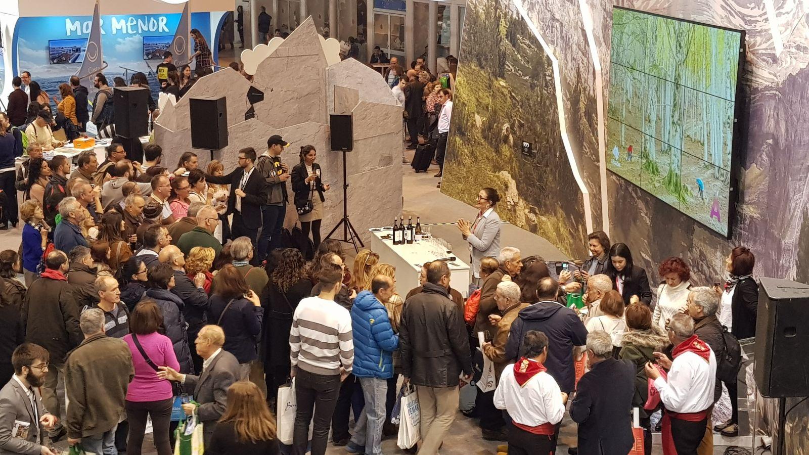 Maridajes de Enoturismo de Aragón y chocolates del Monasterio de Piedra en FITUR 2018